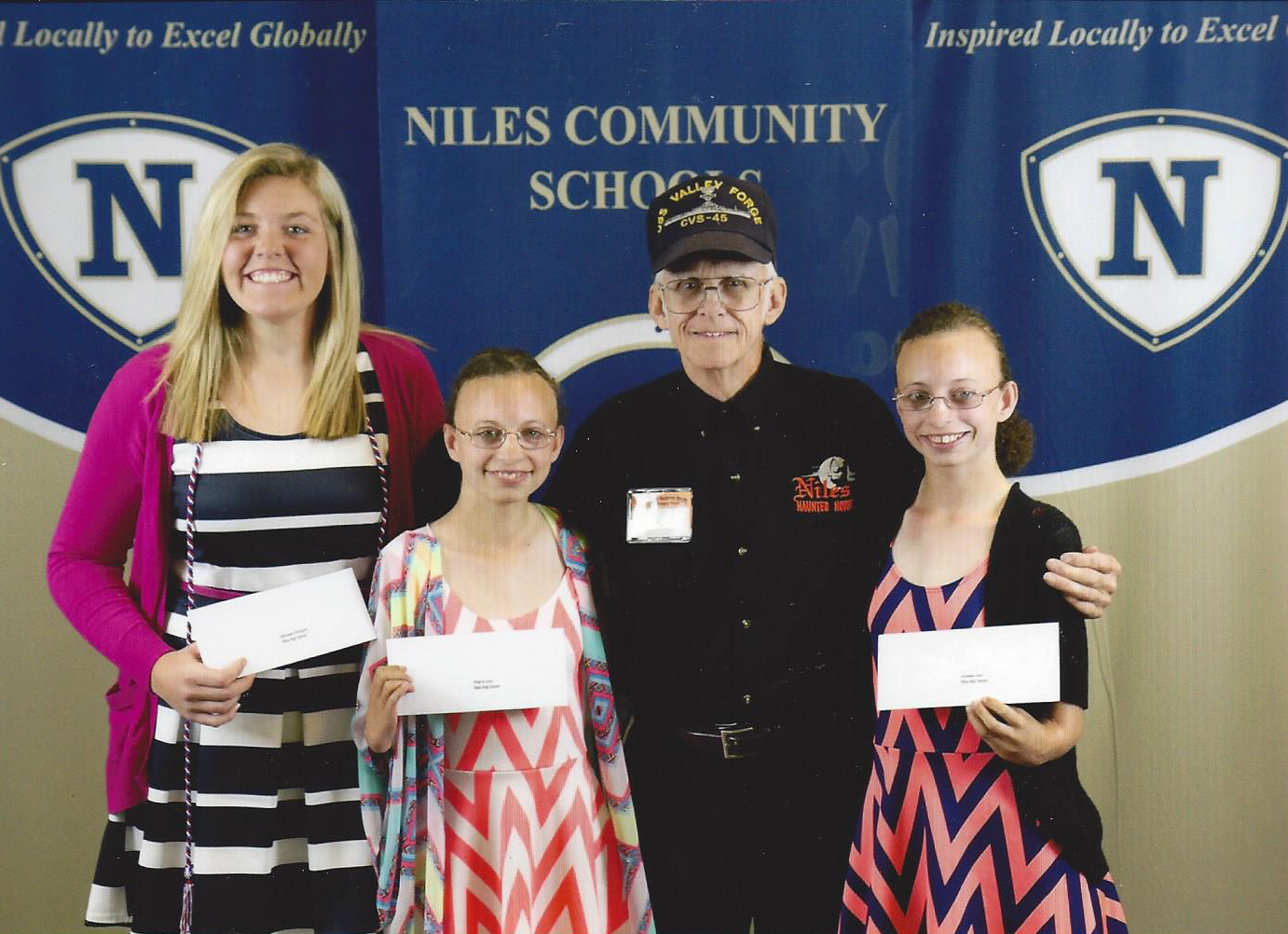 Niles High School Scholarship Winners 2016